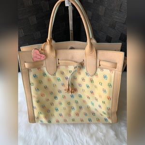 VINTAGE Authentic Dooney & Bourke Bag